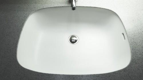 交換した人工大理石の洗面ボウルです。