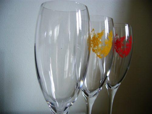 グラスやコップに印刷(プリント)されたロゴやイラスト、マークなどを簡単きれいに消す方法