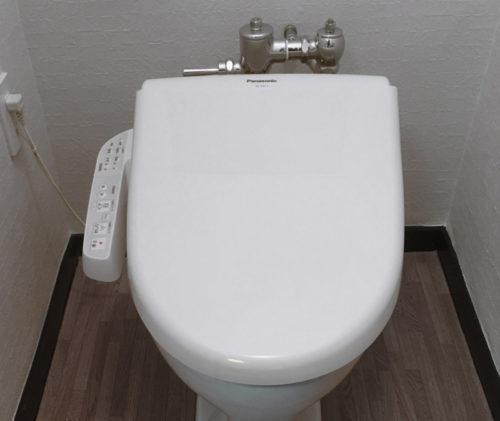 古いマンションのTOTOフラッシュバルブ式トイレに温水洗浄便座を取り付けました。メモ